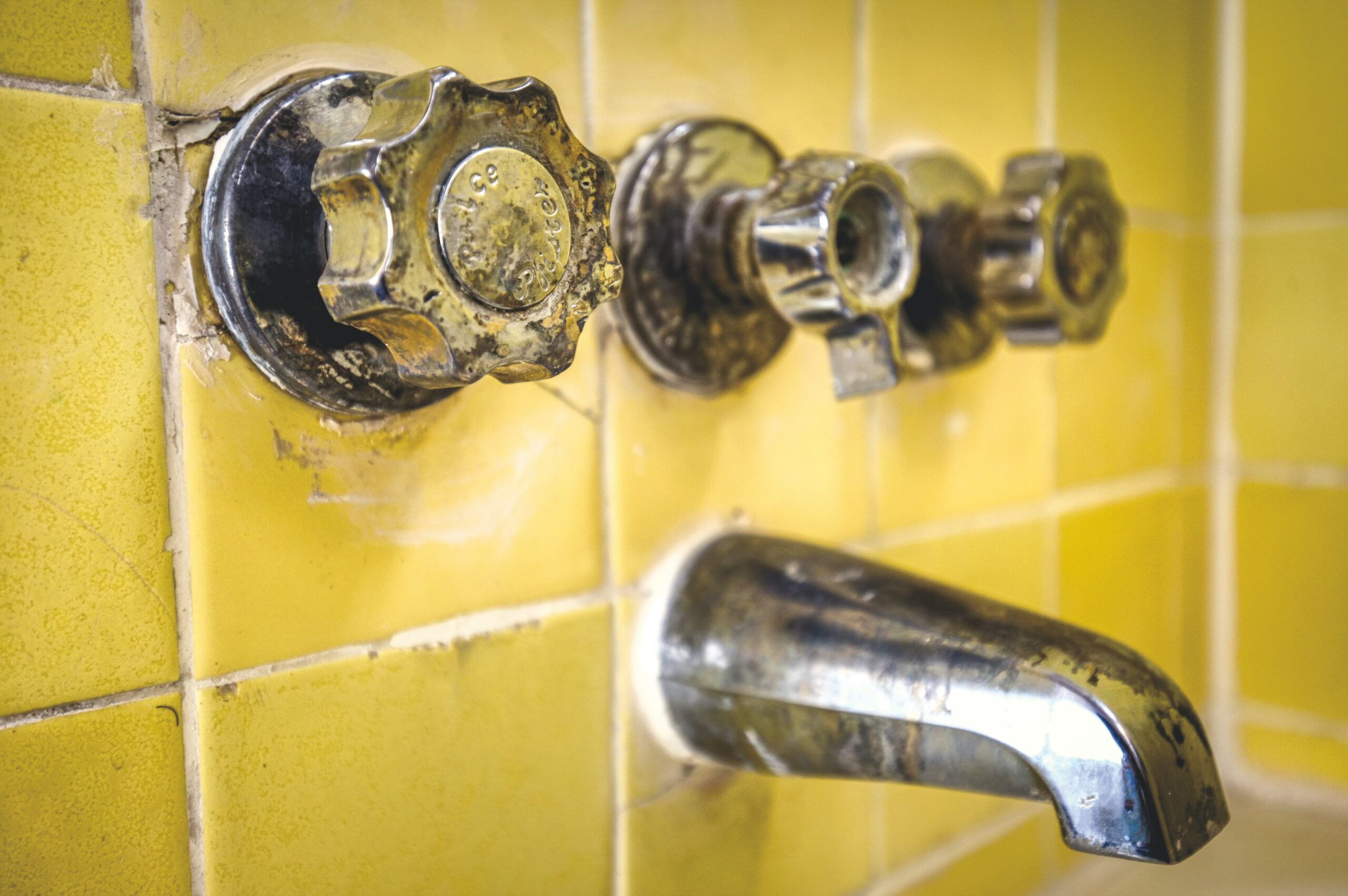 Ways Dirty Tile & Grout Can Affect Your Health